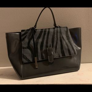 NWOT Innue Italian Patent Leather Handbag
